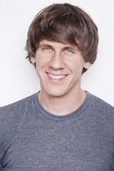 Dennis Crowley, Fousquare CEO gives advice to entrepreneurs